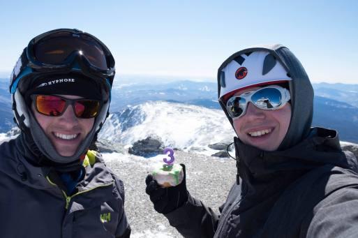 Notre troisième fois à tous les deux au sommet, on devait fêter ça !