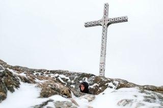 La croix au sommet du mont Ham