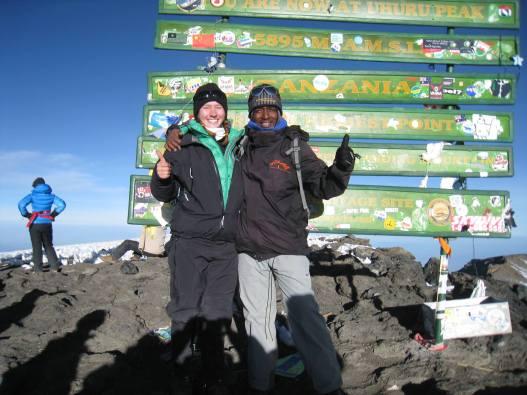 Marie-Pier au sommet de l'Afrique