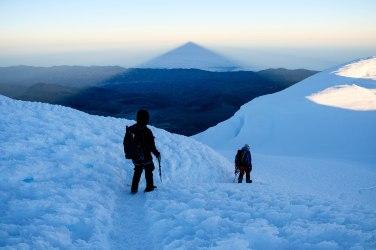 Pendant la descente, entre les deux sommets du Chimborazo. Crédit photo: Mathieu Grenier