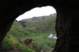 La vue à la sortie de la grotte.